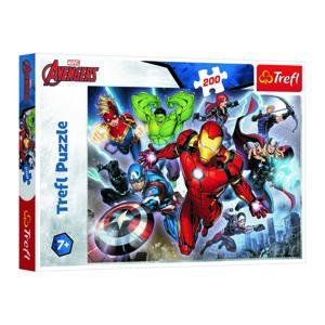 Trefl Puzzle Avengers, 200 dílků