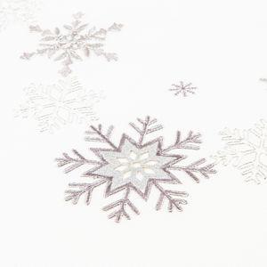 Vánoční ubrus Vločky stříbrná, 120 x 140 cm